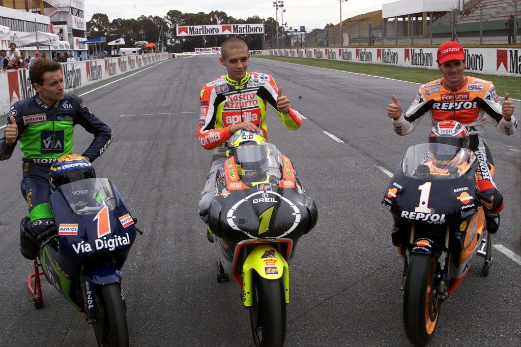Alzamora Rossi Criville foto campeones mundial motogp 1999