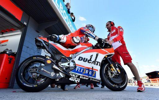 Andrea Dovizioso Ducati MotoGP Gran Premio Australia Phillip Island Box