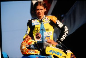 Valentino Rossi debut 125cc Aprilia Casco Sol y luna gp motogp mundial
