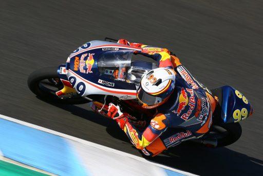 Carlos Tatay, durante los test de Jerez