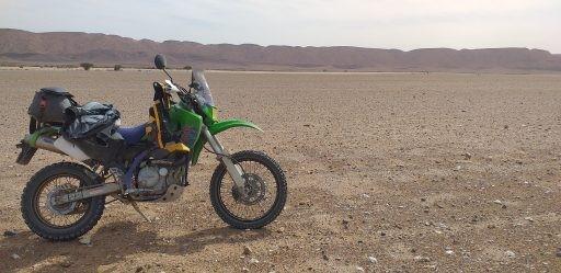 Al fondo: Argelia