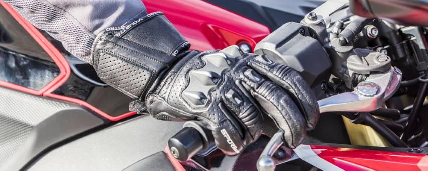 Imagen de guantes de cuero perforados