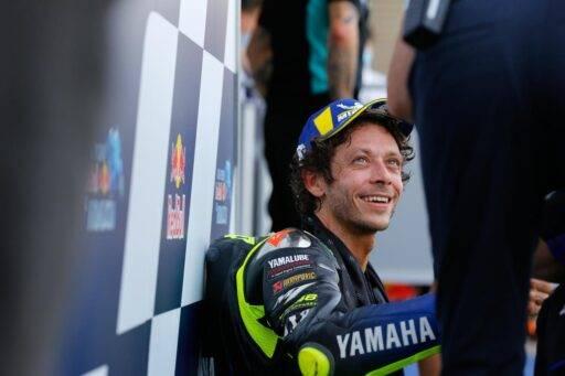 Valentino Rossi en el parque cerrado tras la carrera de MotoGP del Gran Premio de Andalucía