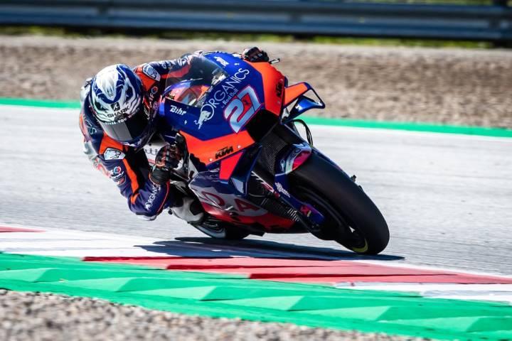 Hervé Poncharal Iker Lecuona KTM MotoGP