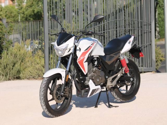 Motorhispania, motos de calle