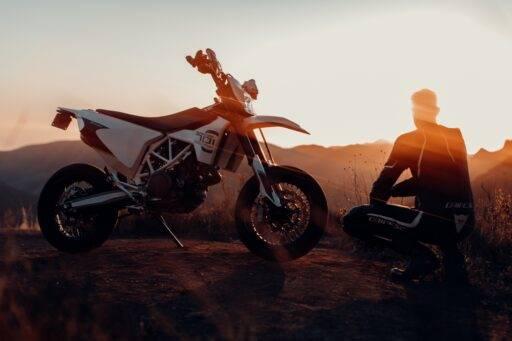 calor en moto